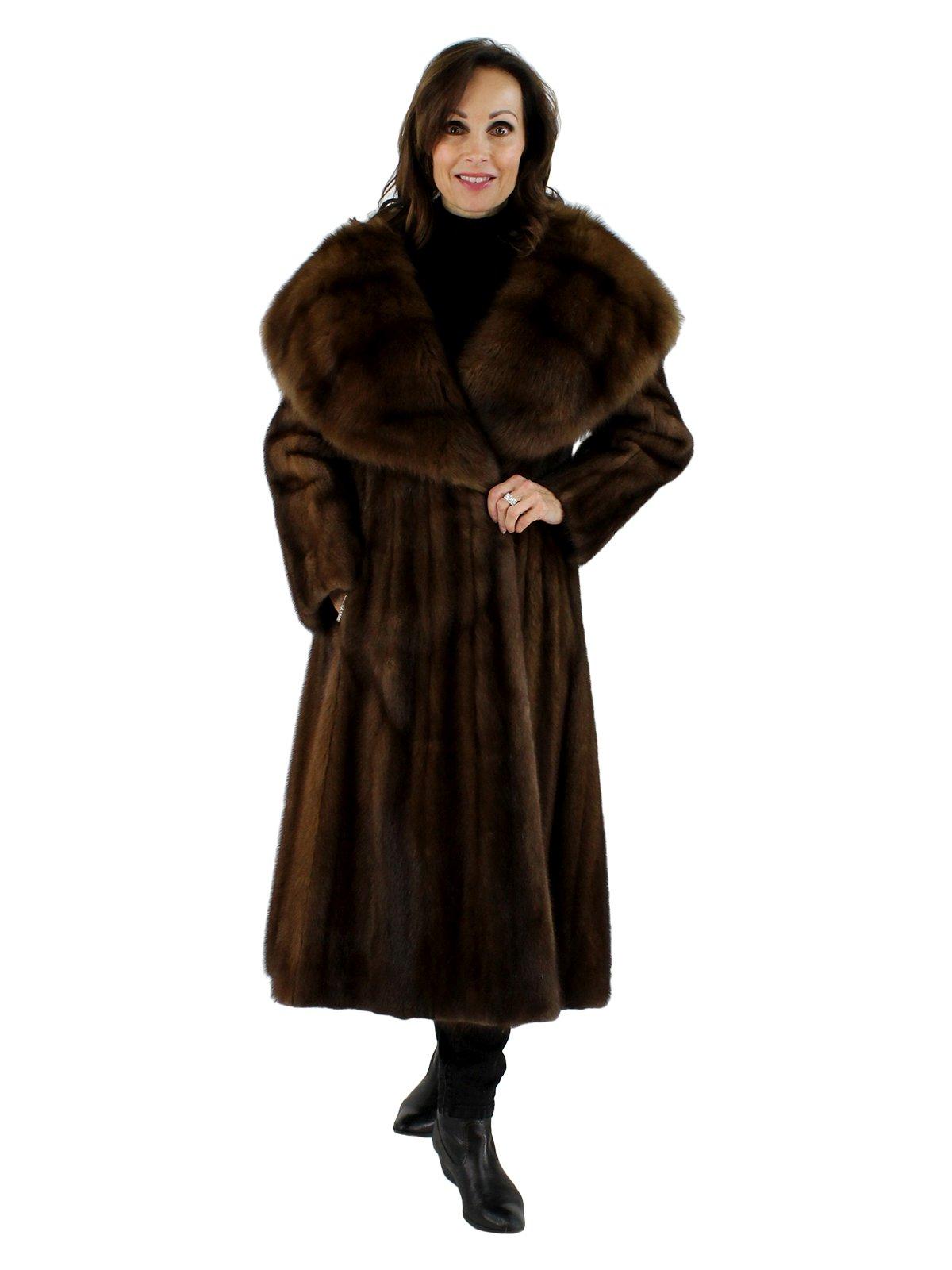 Mink Coat Value >> Lunaraine Mink Fur Coat w/ Sable Collar - Women's Small ...